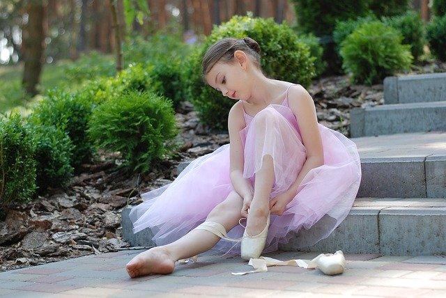 נעלי בובה לילדות